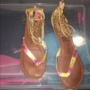 Decortive Gold Chain like Accent Brown Sandals